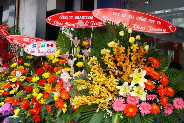 Xem Ngay Tot Khai Truong: Chọn Hoa Cho Ngày Khai Trương